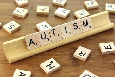 Kilka słów o osobach z autyzmem