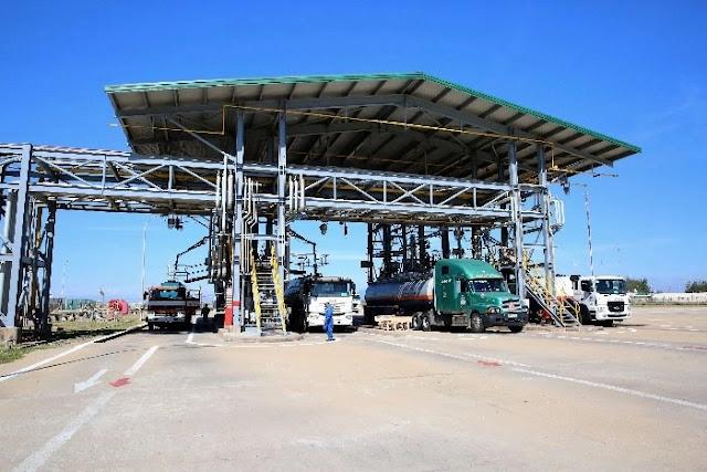 Tập đoàn Dầu khí Việt Nam có nghĩ đến dân khi kiến nghị khẩn cấp ngừng nhập khẩu xăng dầu?