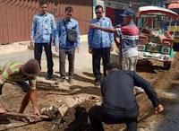 Lurah Sarae Ajak Para Kusir Benhur di Pangkalan Daya Indah Ikut Peduli Kebersihan