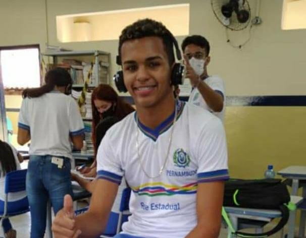 Motivação para homicídio de jovem de 16 anos em Lajedo foi vingança, diz delegado