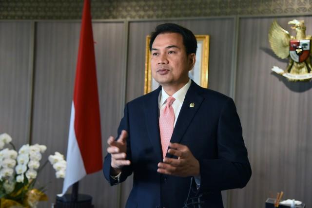 Wakil Ketua DPR, Azis Syamsuddin Resmi Menjadi Tersangka Suap Robin Pattuju