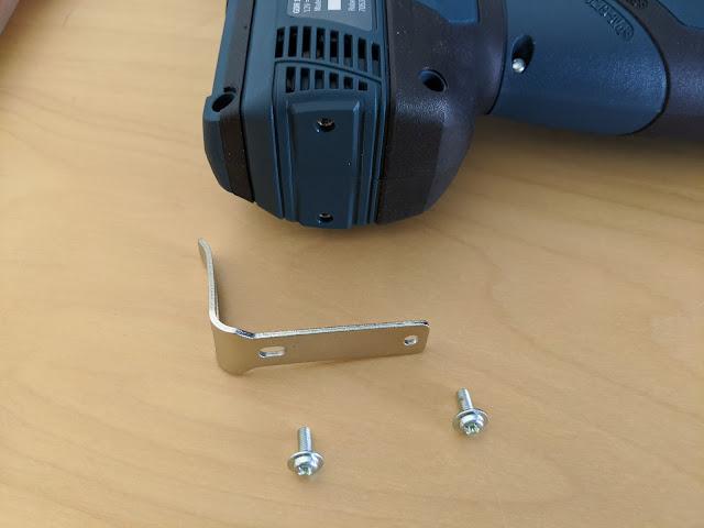Bosch GDR 12V-110 mit demontiertem Gürtelclip