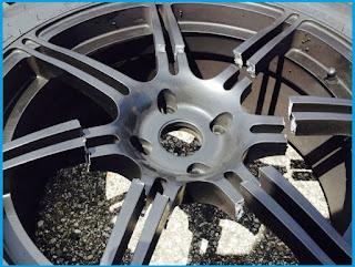 bagi kalangan pecinta otomotif roda empat Ketahui Bahaya Menggunakan Velg Replika Pada Mobil