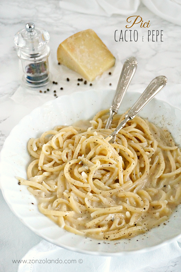 Ricetta perfetta per tonnarelli pici spaghetti cacio e pepe con cremina senza panna olio - perfect creamy cacio e pepe pasta recipe italian food
