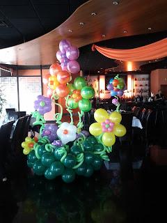 Flowers garden from balloons design