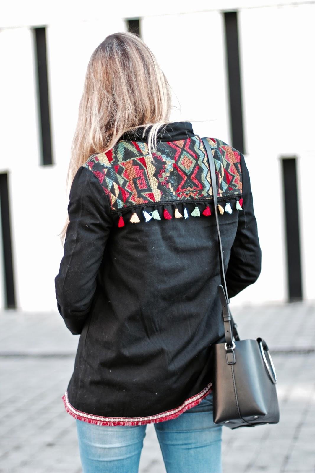 chaqueta espalda étnica