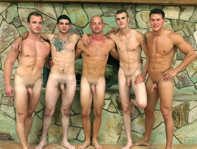 naked college swim team
