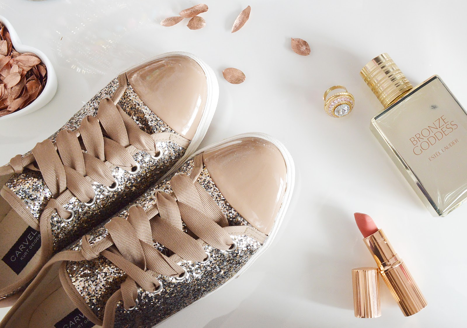 3df7e05096 Simply Sarah: ALL THAT GLITTERS   CARVELA GOLD GLITTER TRAINERS