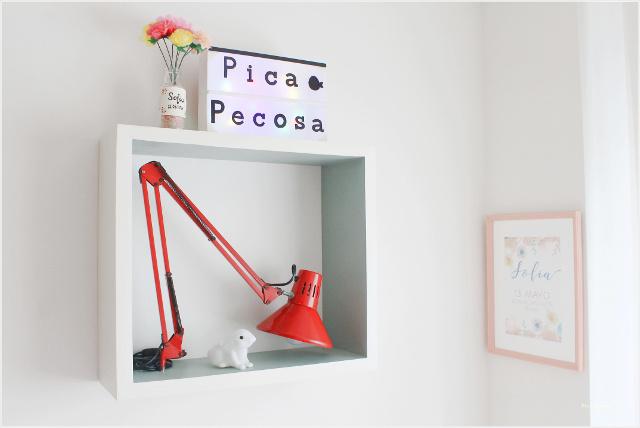lampara-lectura-flexo-reciclado-marco-chalk-paint-habitacion