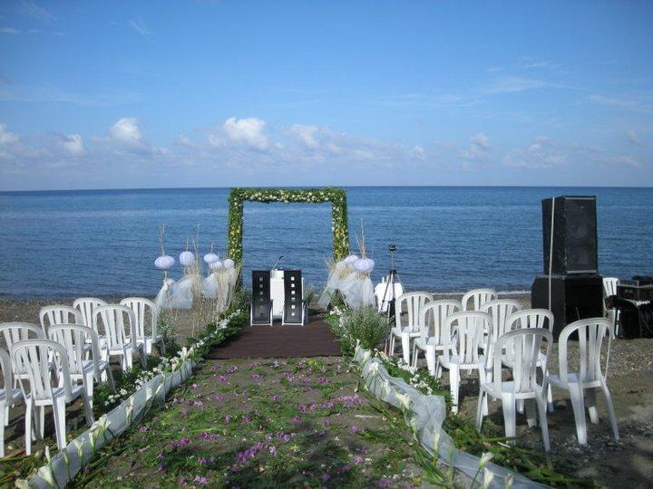 Wedding Pictures Not Worthy For Your Al Cau Du Mer Beach Resort Venue
