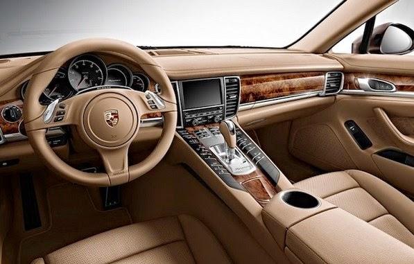 2016 Porsche Panamera Interior