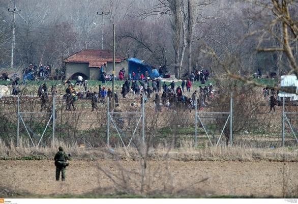 «Μπλόκο» στα σύνορα για τους δημοσιογράφους από την Τουρκία