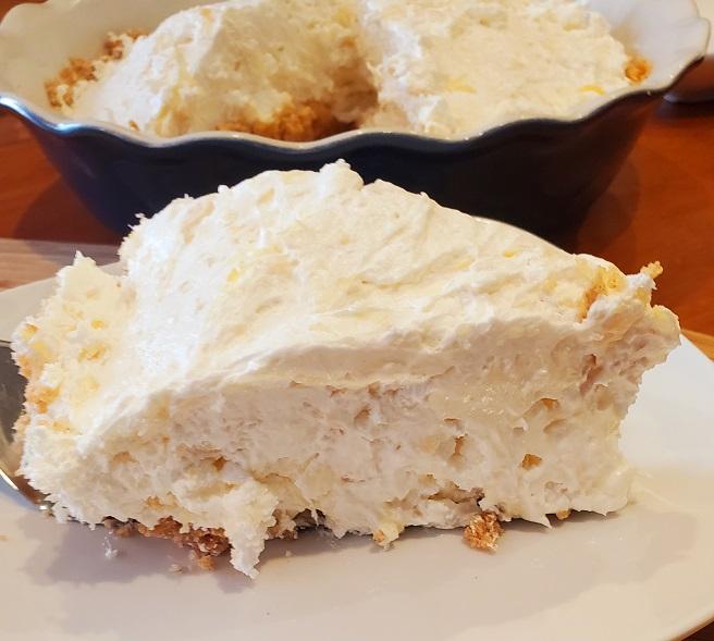 fluffy pineapple pie