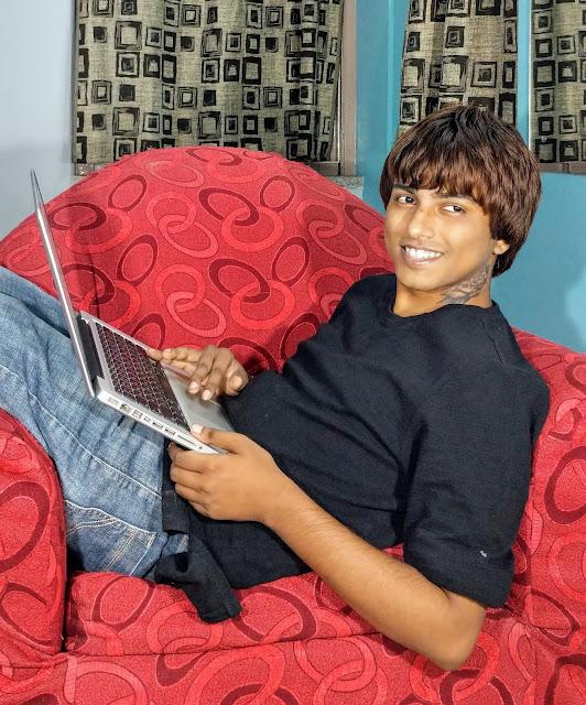 Sourajit Saha With Macbook Pro 2