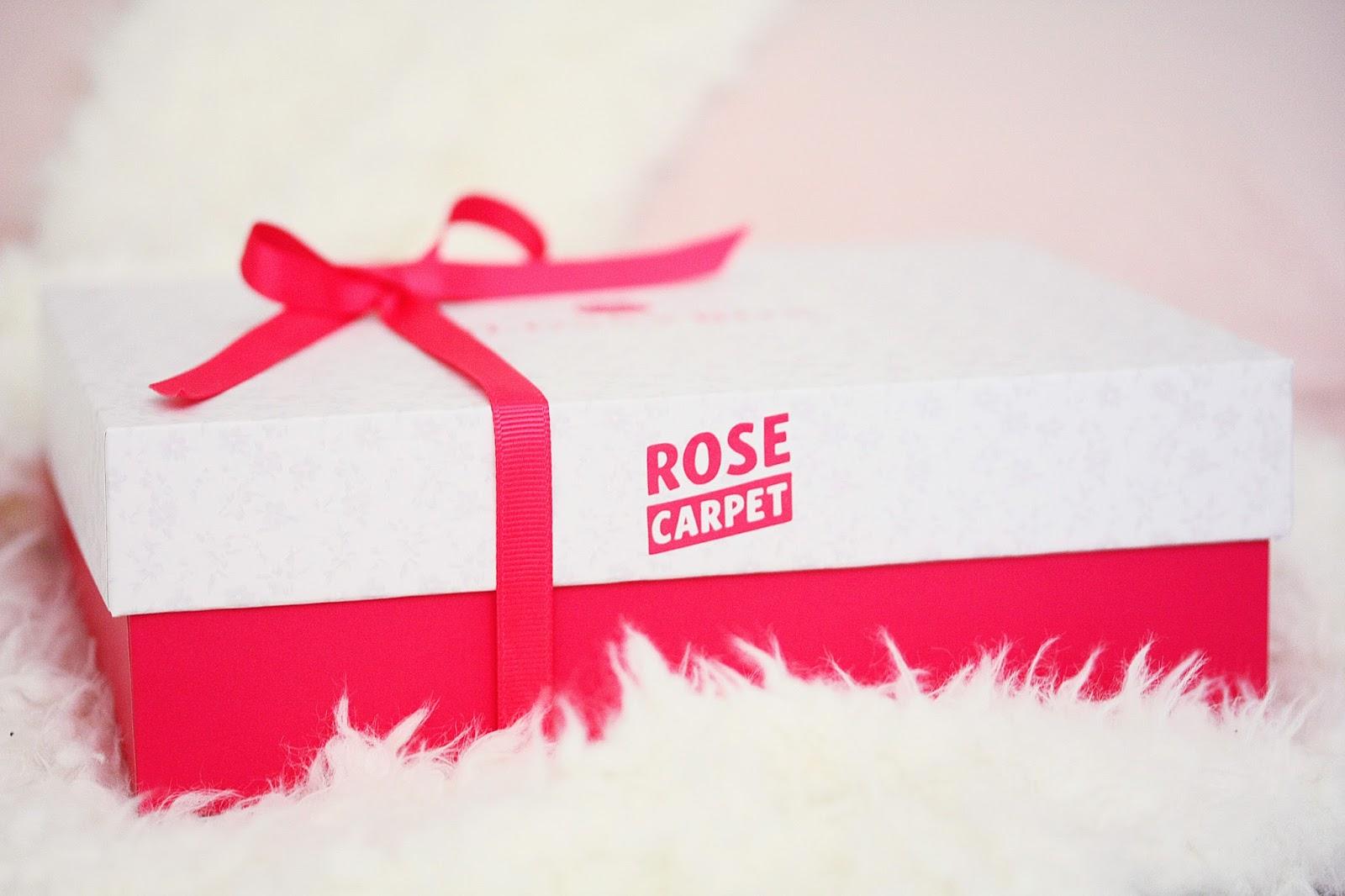 http://www.rosemademoiselle.com/2015/12/glossybox-rose-carpet.html