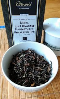 TeeGschwendner Nepal Jun Chiyabari hand-rolled Himalayan Tips (Nr. 2639)