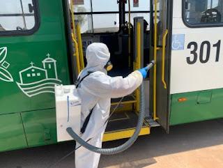 Ônibus são desinfetados com novo produto em Cuiabá
