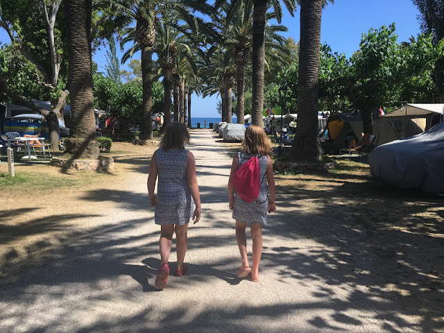 twin girls on holiday