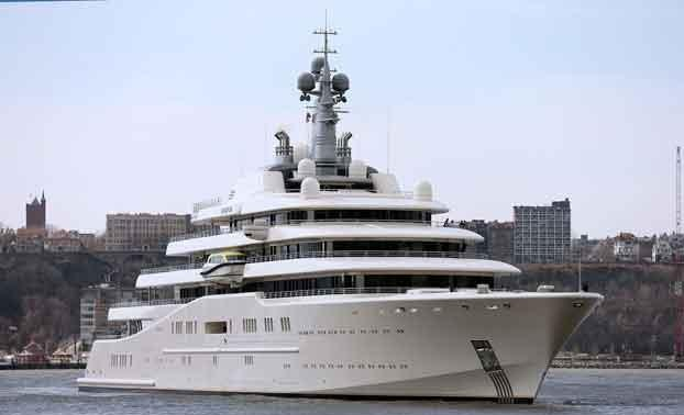 Luxury yachts buy cheap oil in the port of Durres