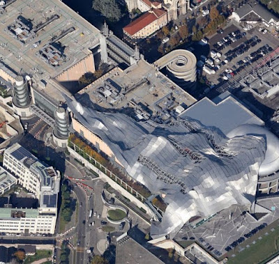 weird roof of Milan's MiCo convention centre adjacent to Fieramilanocity in Fiera district