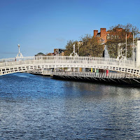 Photos of Dublin under lockdown: The Ha'Penny Bridge