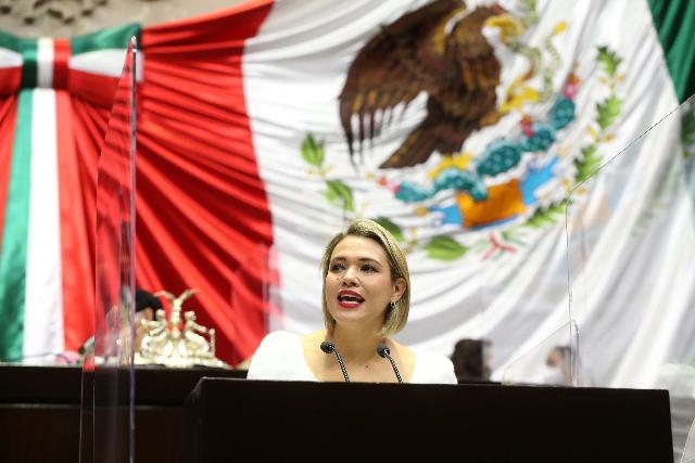 La diputada de Sinaloa, Erika Sánchez Martínez, consideró que revertir las políticas de austeridad en este sector, beneficiaría a más de siete millones de pequeños productores agrícolas, ganaderos y pesqueros, que son los que procura el Programa Especial Concurrente para el Desarrollo Rural Sustentable y al que en el ejercicio fiscal 2021, le cercenaron cerca de cinco mil millones de pesos