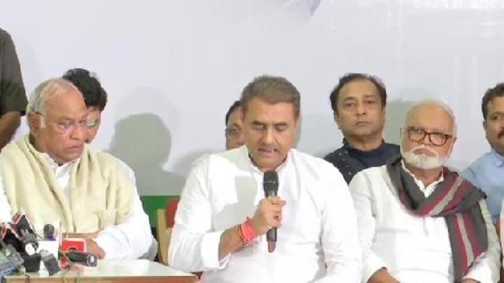 महाराष्ट्र पर कांग्रेस-एनसीपी का बयान, फैसले से पहले सभी पहलुओं पर चर्चा करेंगे