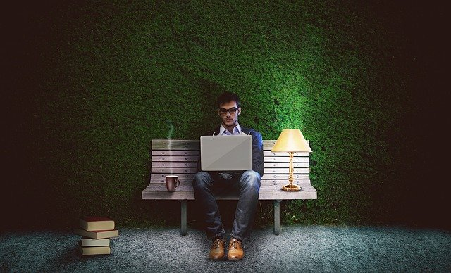workaholic vs pekerja keras
