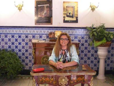 """El Blog de María Serralba - Firma """"A la sombra de tu piel"""" Banyeres"""