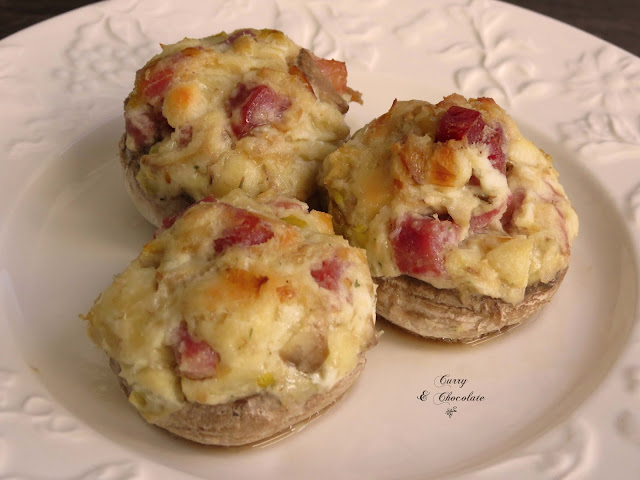 Champiñones rellenos de queso crema y jamón - Stuffed mushrooms with cream cheese and serrano ham