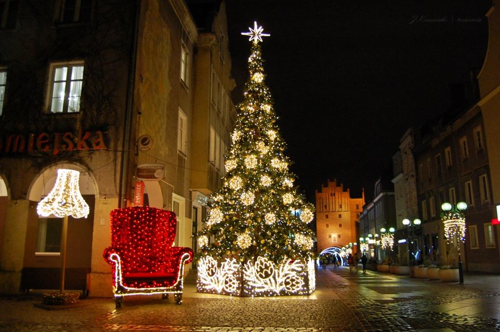Iluminacje w Olsztynie | Zobacz, jak wygląda miasto w Nowym Roku