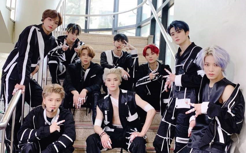 NCT 127 Fans Got Criticized After Crowding The Member at the Airport During The Coronavirus Outbreak