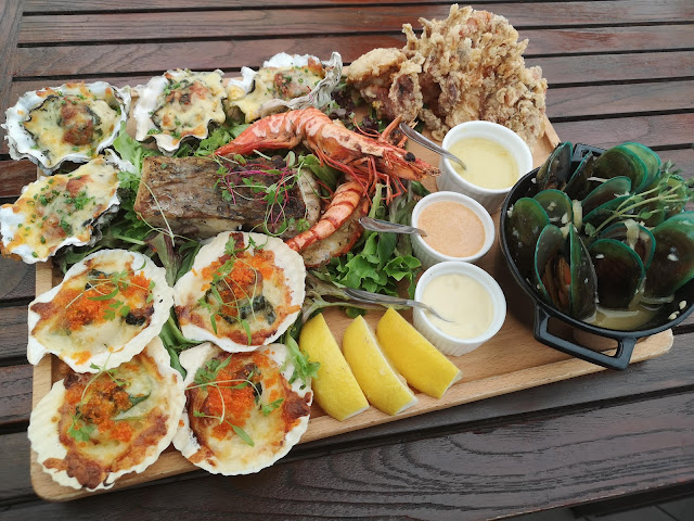 Fremantle Hot Seafood Platter