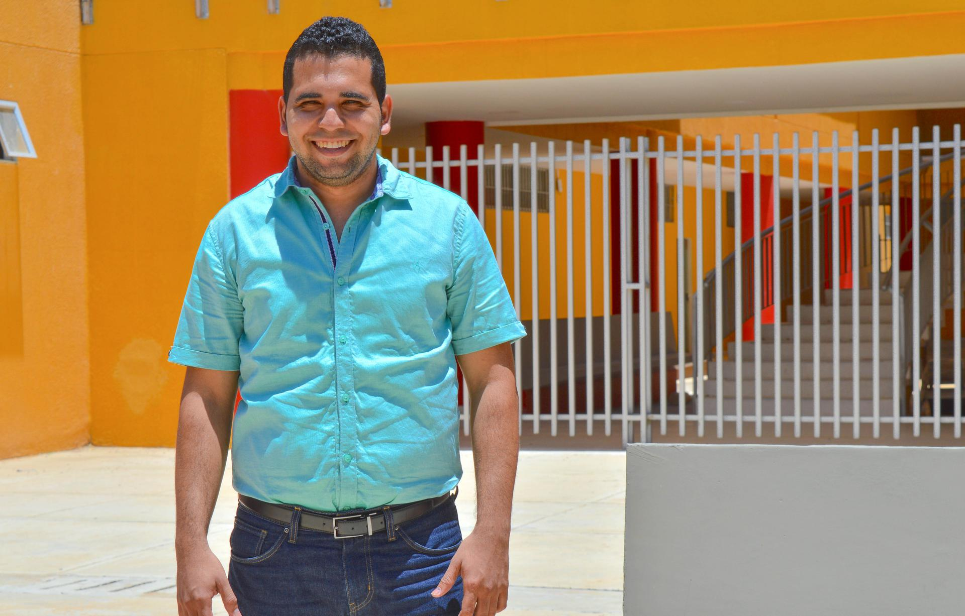 hoyennoticia.com, Ingeniero de Uniguajira evalúa dispositivo para aprovechar energía del oleaje