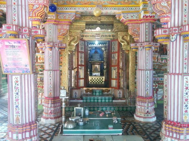 Inside the colorful Seth Bhandasar Jain temple, Bikaner, Rajasthan
