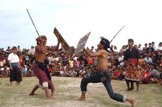 Sistem Kekerabatan Adat Suku Sasak Lombok