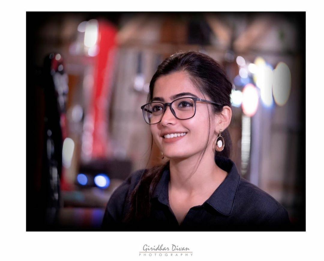 Rashmika Mandanna Latest Full HD Bikini Photos & Wallpapers 2020 | Rashmika Mandanna Hot Pics & Images |