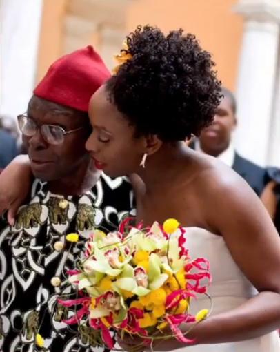 Chimamanda-Adichie-and-father