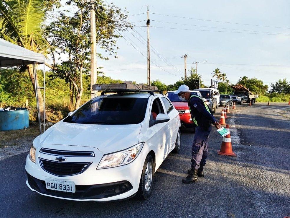 Itamaracá fecha entrada da ilha para veículos de turismo