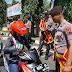 Polisi Purbalingga Turun ke Jalan Sosialisasikan Penerimaan Polri Tahun 2020