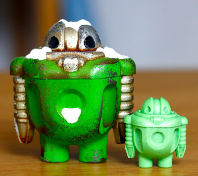 1/12th Sprog and 1/24th Bits n Bytes Sprog Resin Robots by Cris Rose