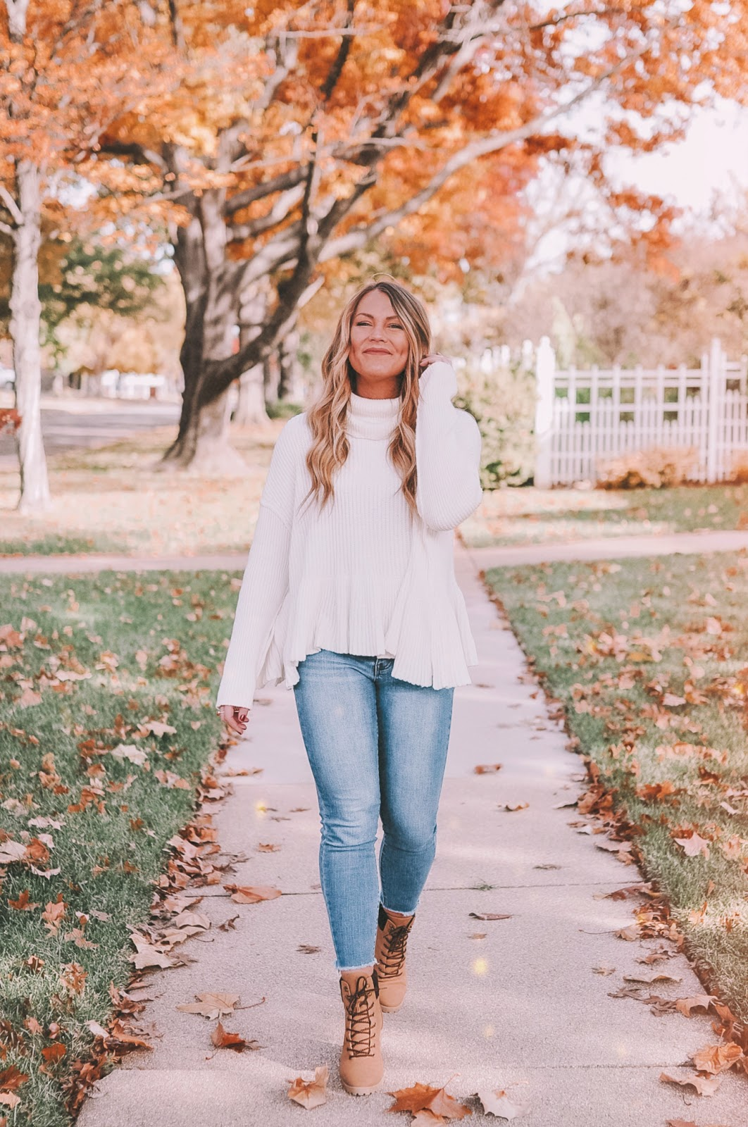blogger Amanda Martin shares thanksgiving outfit inspo
