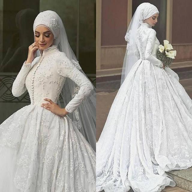 فستان زفاف ابيض مودرن بذيل وطرحة طويلة موديل 2020-min
