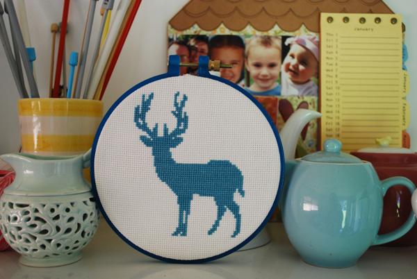 Scraps of Five : Craft: Deer Cross Stitch Pattern