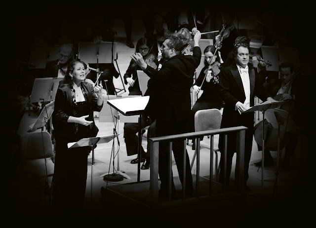 Christianne Stotijn, Thomas Adès, Mark Stone, Boston Symphony Orchestra (Photo Hilary Scott)