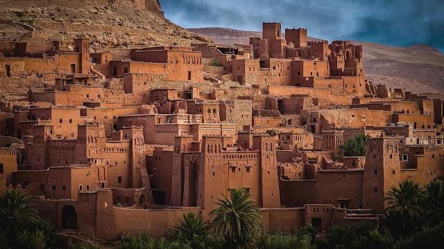 مساكن آيت بن حدو الطينيّة في المغرب