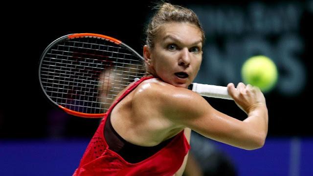 WTA Finals: Halep Kalahkan Garcia, Wozniacki Atasi Svitolina