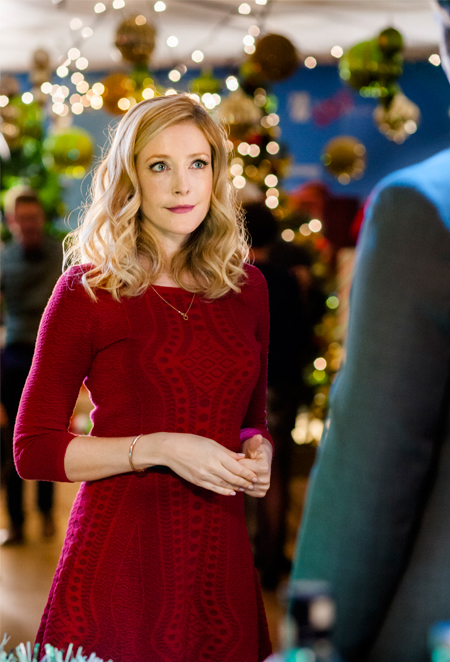Angel Of Christmas Hallmark.Its A Wonderful Movie Your Guide To Family And Christmas