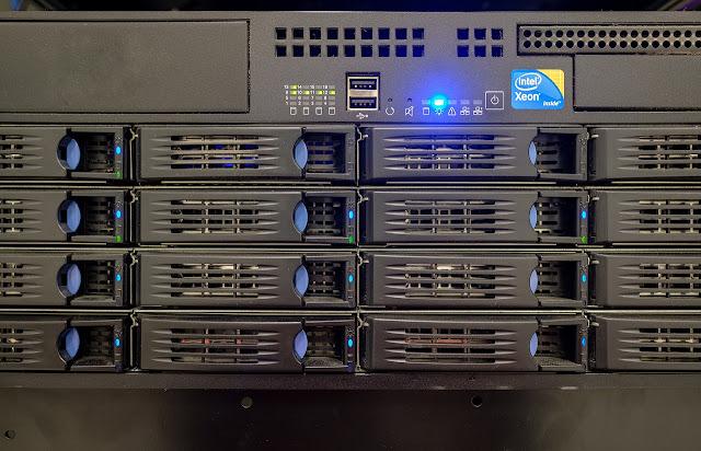 Perangkat Keras untuk Membangun Sebuah Jaringan Komputer