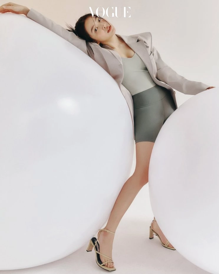 Red Velvet's Yeri Shows Off Her Fit Body in Korean Vogue Photoshoot